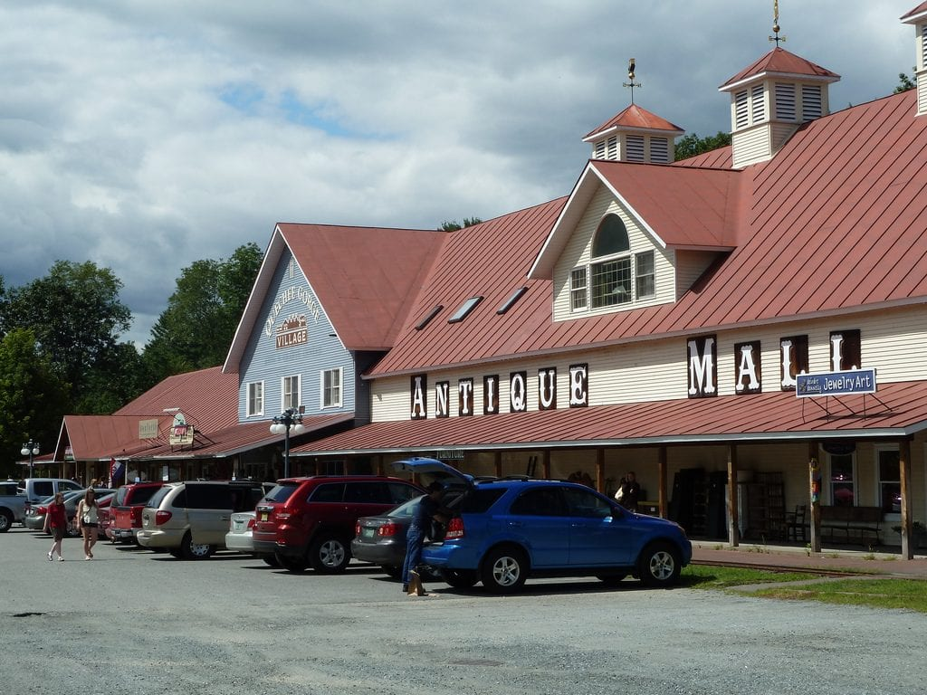 Country Store, Toy & Train Museum, Train Ride & Carousel